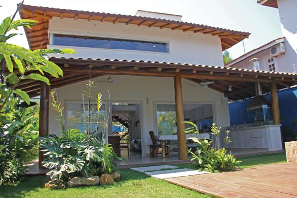 Casa-Vertical-fundos-RAC-Arquitetura