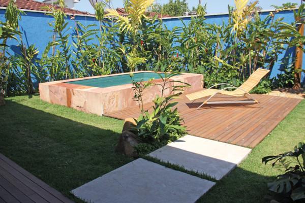 Casa-Vertical-piscina-RAC-Arquitetura