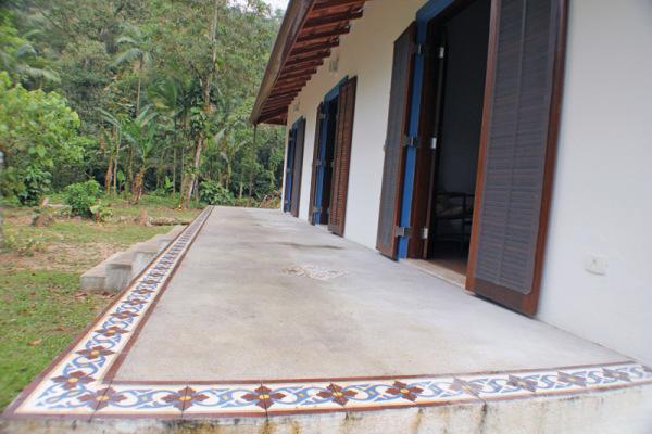 casa-rustica-e-colonial-de-praia-RAC-Arquitetura-3